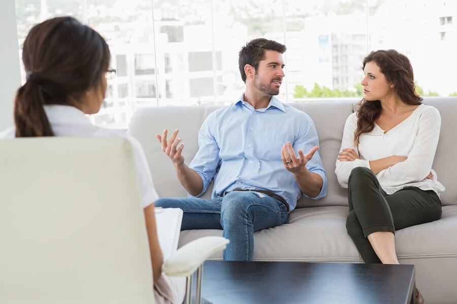 Relationship Red Flags – Can Couples Counselling Help?